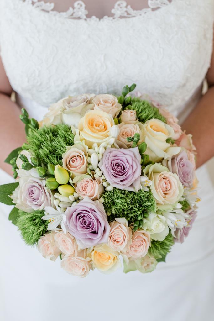 Hochzeit Blumengärten Hirschstetten_40_Getting Ready - Sonja-0118-IMG_9313