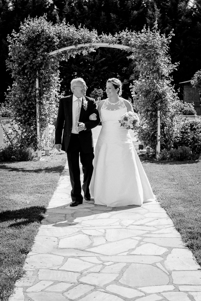 Hochzeit Blumengärten Hirschstetten_49_Trauung-0066-IMG_9606