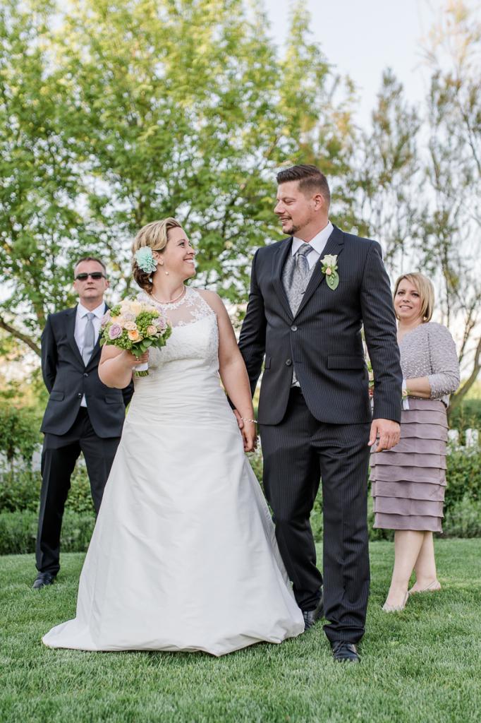 Hochzeit Blumengärten Hirschstetten_79_Trauung-0435-20160506-_WEL4729