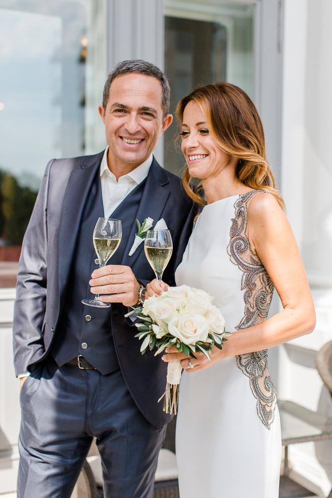 Hochzeitspaar im Palais Coburg